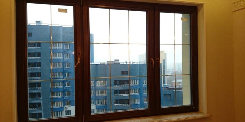 Деревянные окна со шпросами